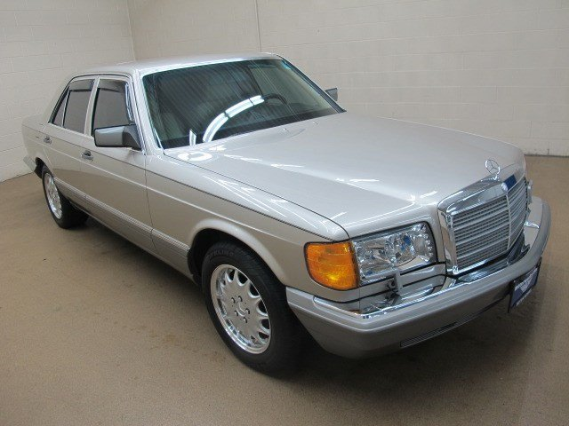Used 1989 mercedes benz 300 series 300se sedan near for Mercedes benz motor werks